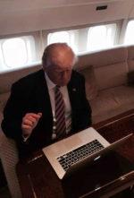 Donald Trump elnöki rendeletet írt alá a kiberbiztonságról