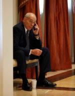 Feltörhették John Kelly kabinetfőnök mobiltelefonját