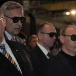 """Amerikai internetezők millióit érte el és tüntetéseket szervezett az orosz """"trollgyár"""""""