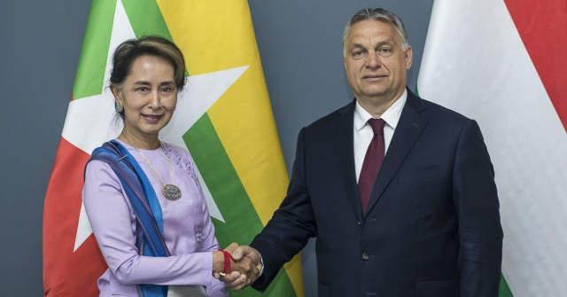 Aung Szan Szú Kji mianmari kormányfő és Orbán Viktor miniszterelnök