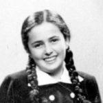 Instagramon mutatják be a tizenhárom éves korában Auschwitzban megölt magyar zsidó kislány naplóját