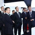 A Huawei vezetőjével tárgyalt Varga Mihály