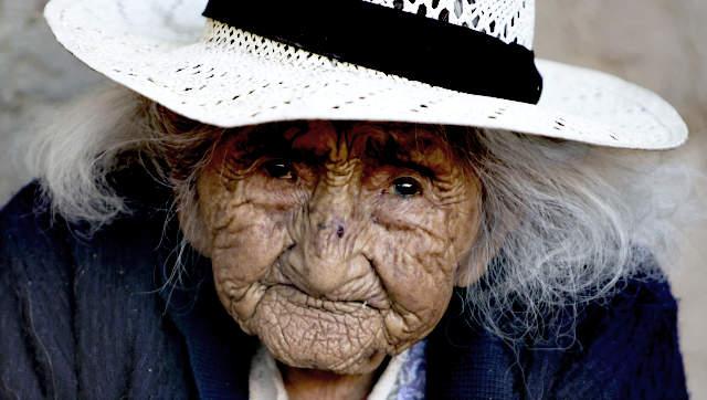 öreg néni